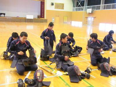 産山の剣士たち