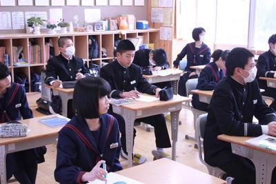 8年生に向けて_山本教頭先生の特別講義